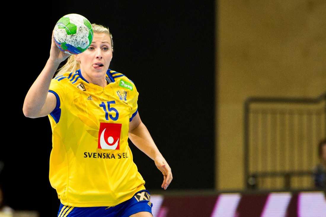 Johanna Ahlm Ålder: 27. Position: Vänsternia. Klubb: Team Esbjerg.