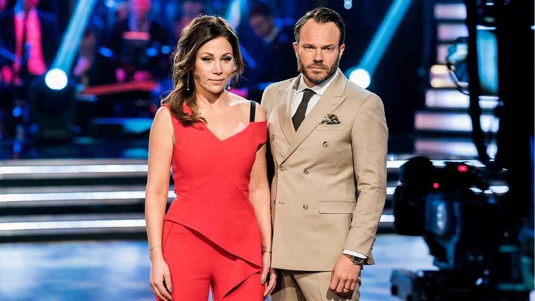 """Tilde de Paula Eby och David Hellenius, programledare för """"Let's dance""""."""