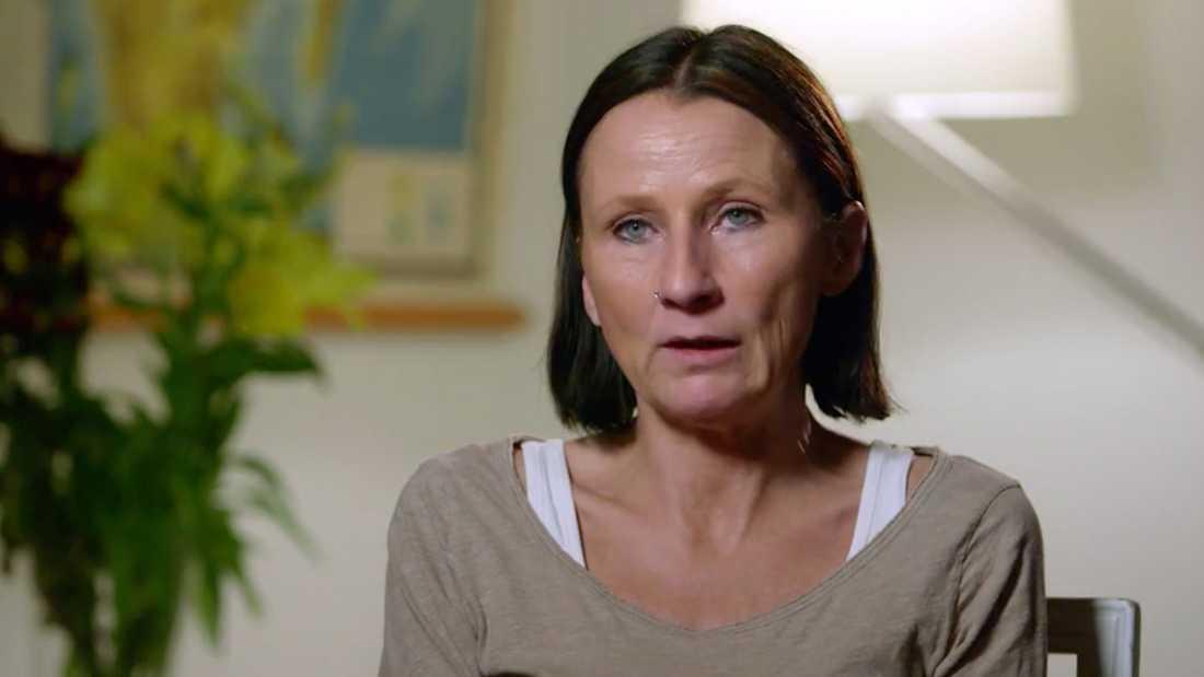 Ulrica Andersson, 48, bestämde sig 1989 för att operera brösten.