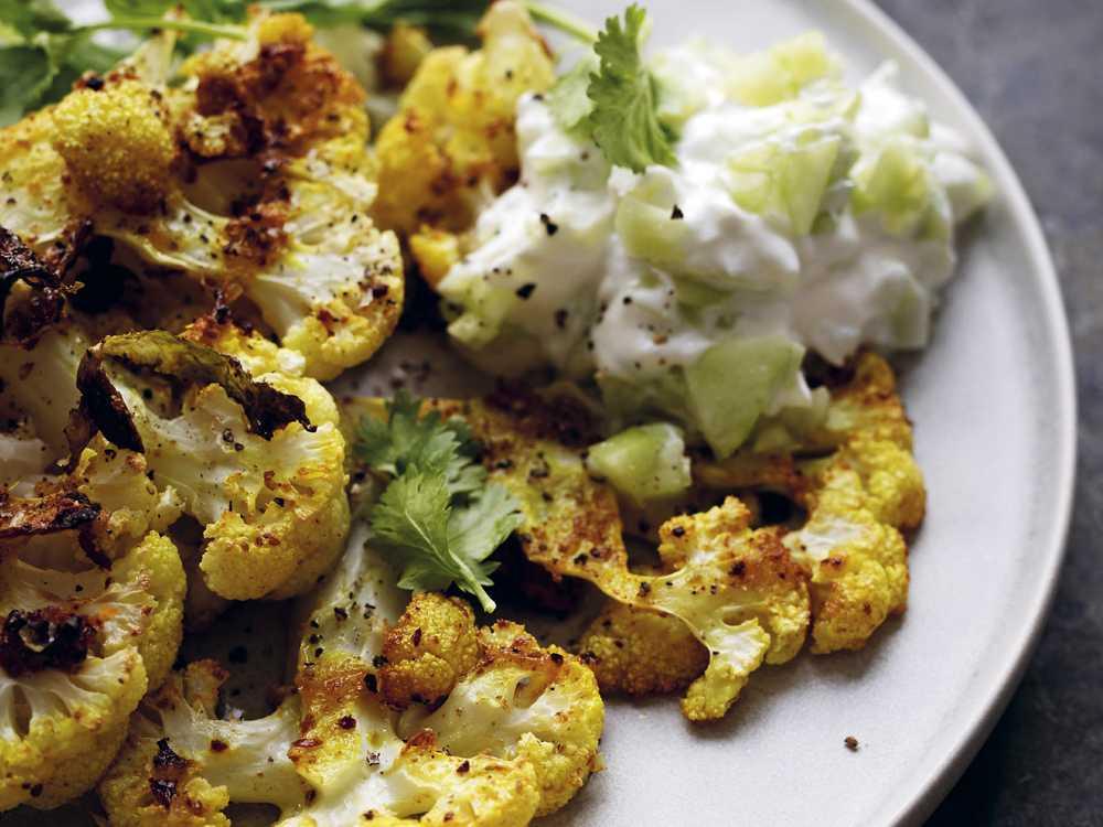 Blomkålssteaks med ingefära och curry