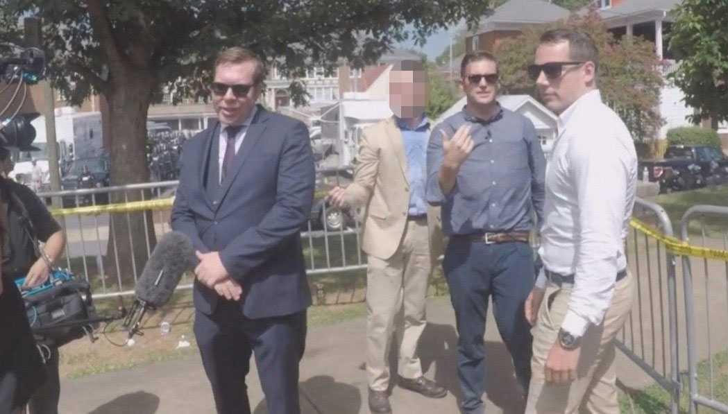 Daniel Friberg, Richard Spencer och Christoffer Dulny i Charlottesville 12 augusti 2017.