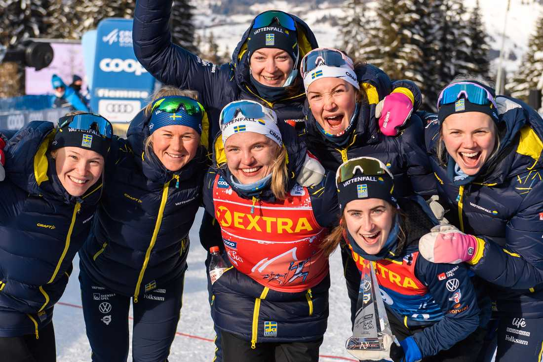 Delar av det svenska laget i skid-VM 2021.