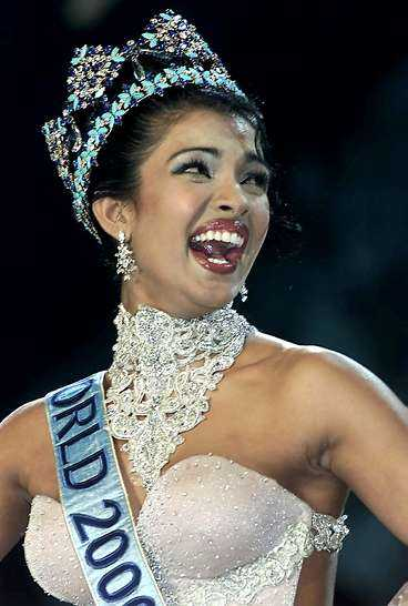 Senast i raden, Miss World 2000 Priyanka Chopra.