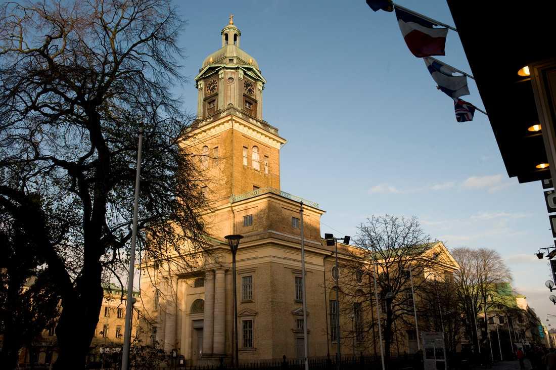 Det är viktigt att hålla begravningar i någon form, istället för att uppskjuta dem, anser Svenska kyrkan i Göteborg. Arkivbild.