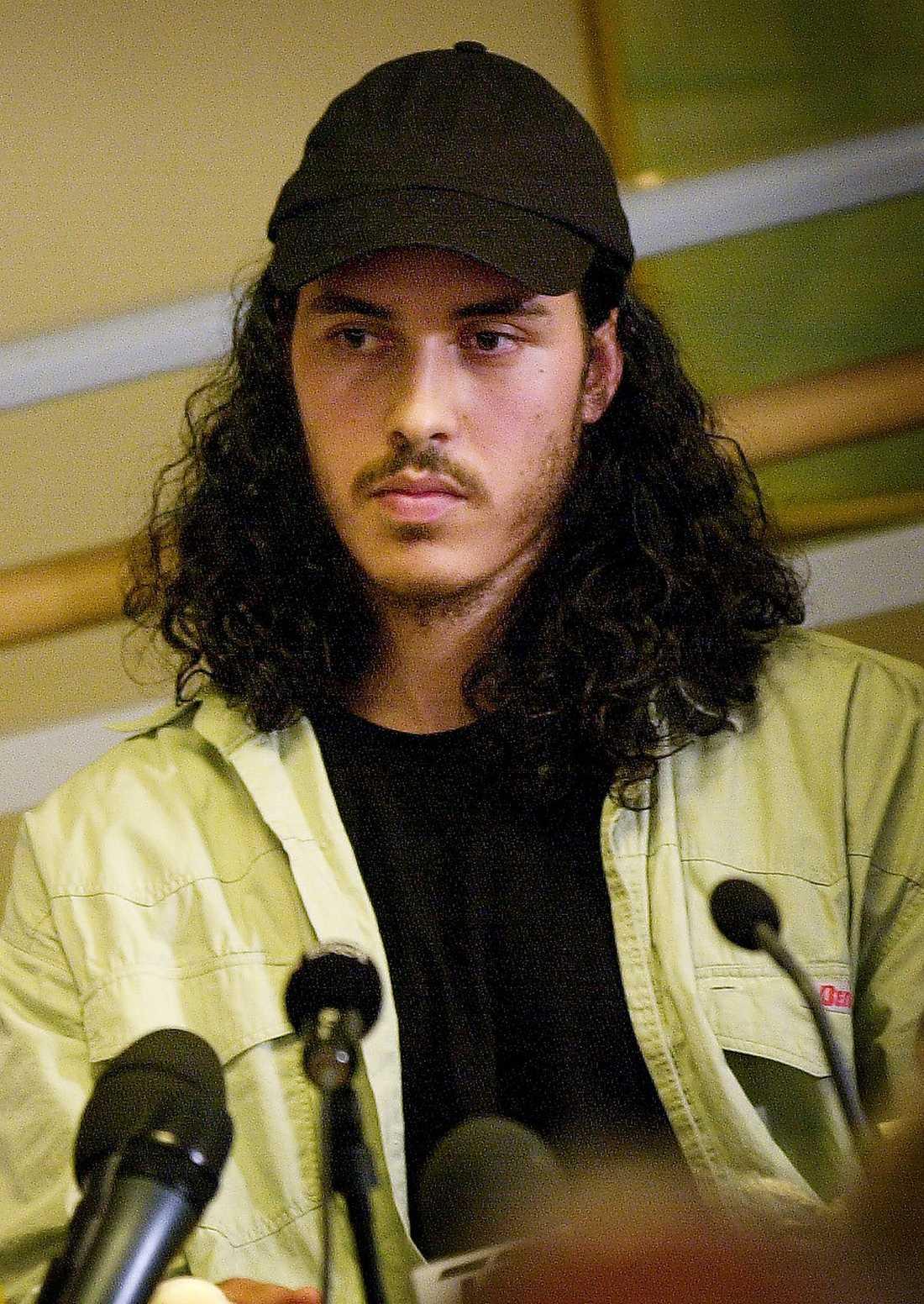 Mehdi Ghezali efter återkomsten till Sverige i juli 2004.