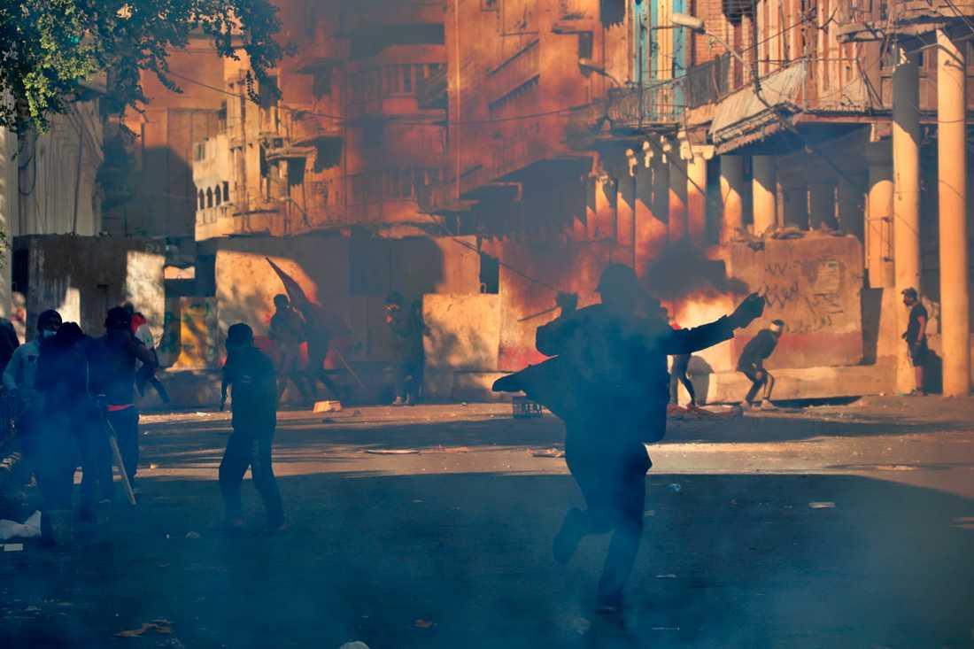Tre personer har dödats i sammandrabbningar i Bagdad under fredagen. Arkivbild.