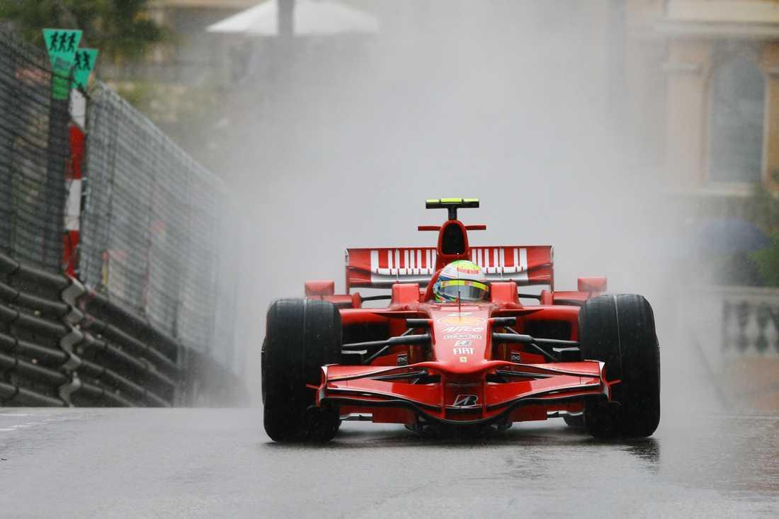 Felipe Massas motor gav upp under Ungerns GP.