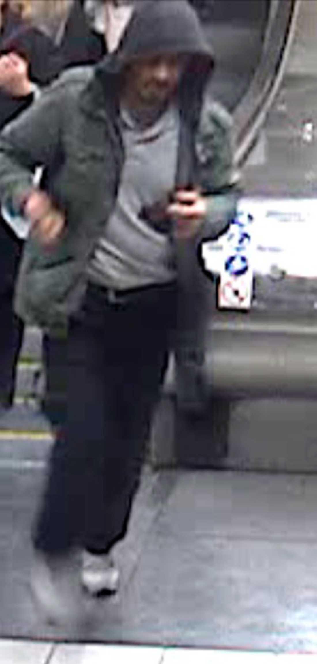 Bilden på personen som polisen vill komma i kontakt med.