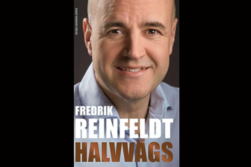"""Fredrik Reinfeldt berättar i sin nya bok """"Halvvägs"""" om det finska nakenbadet."""
