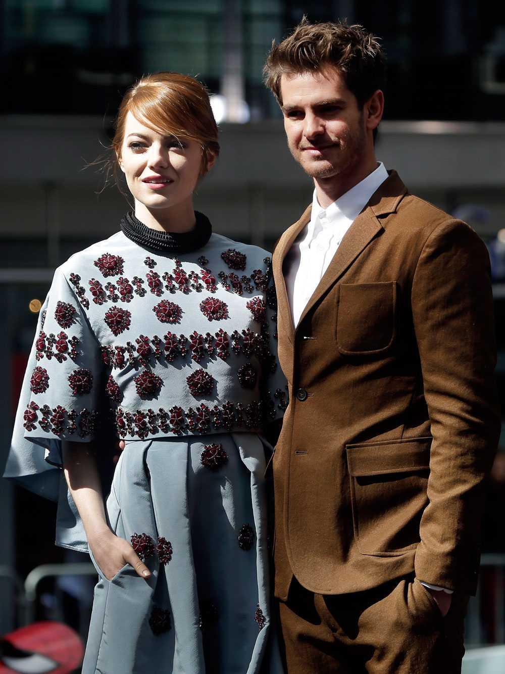"""Emma Stone & Andrew Garfield Två Klickfavoriter i en och samma parkonstellation kan ju bara bli bra. Filmstjärnorna Emma Stone, 26, och Andrew Garfield, 31, träffades vid """"Spindelmannen""""-inspelningen"""