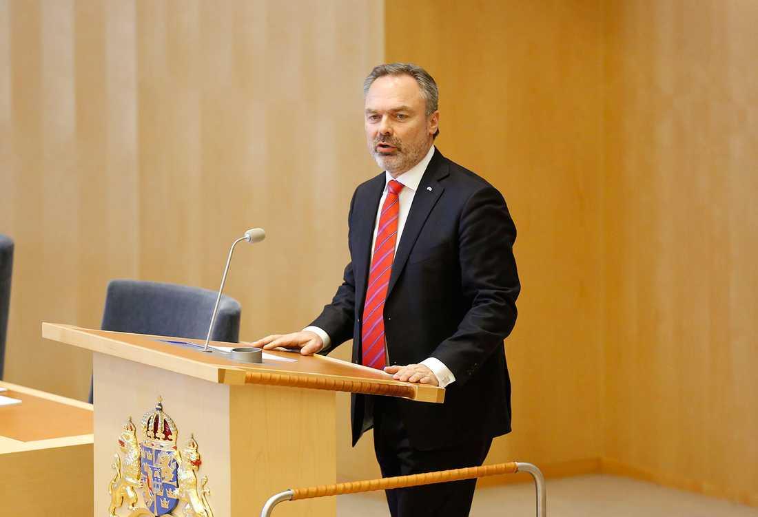 Jan Björklund vid dagens riksdagsdebatt.