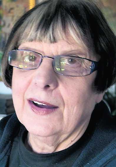 AnnBritt Grünewald, 70 I decennier höll förre fängelsedirektören AnnBritt Grünewald, 70, sitt missbruk hemligt. Hon drack ensam hemma när hon var stressad. I januari 2002 kom hon berusad till ett möte med högskolestyrelsen i Dalarna och fick skickas hem direkt med flyget. Därefter berättade för första gången om sina alkoholproblem, och slutade dricka.