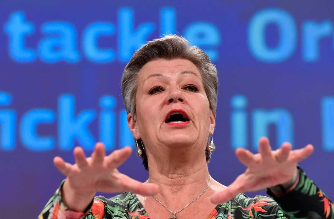 EU:s inrikeskommissionär Ylva Johansson har lagt fram nya strategier för kampen mot organiserad brottslighet och människohandel.