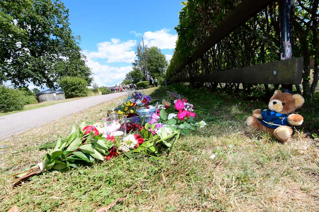 Två personer omkom när en familj på cykel blev påkörd i Färjestaden på Öland den 22 juli. Åklagaren räknar med att väcka åtal om ungefär en månad. Arkivbild.