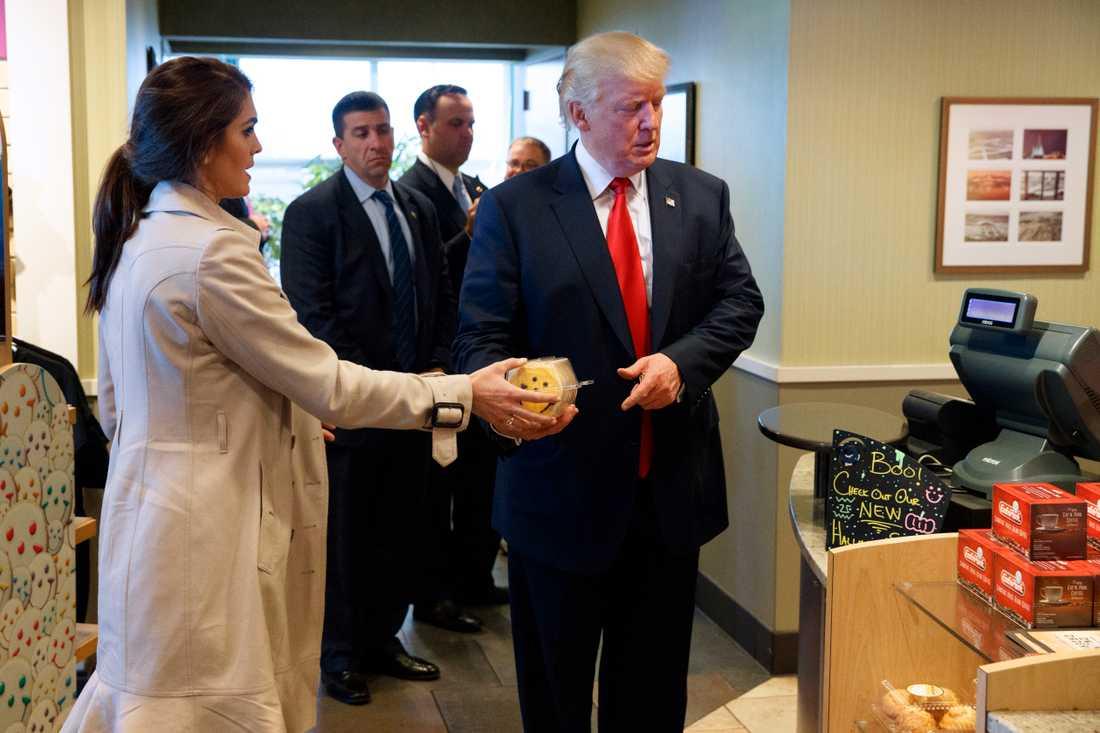 Hope Hicks och president Trump.