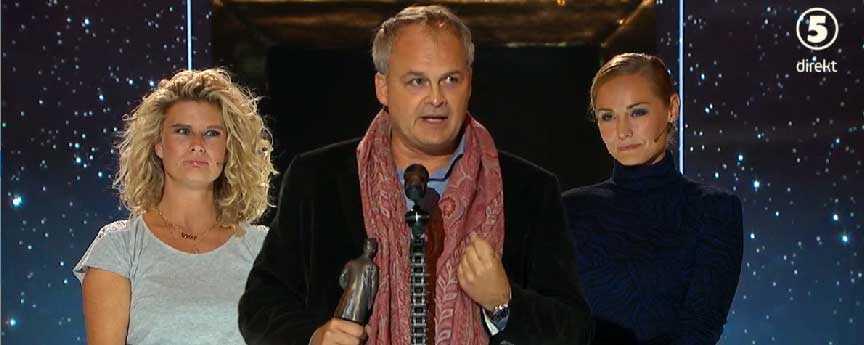 Johan Rheborg mottar priset som årets roligaste man.