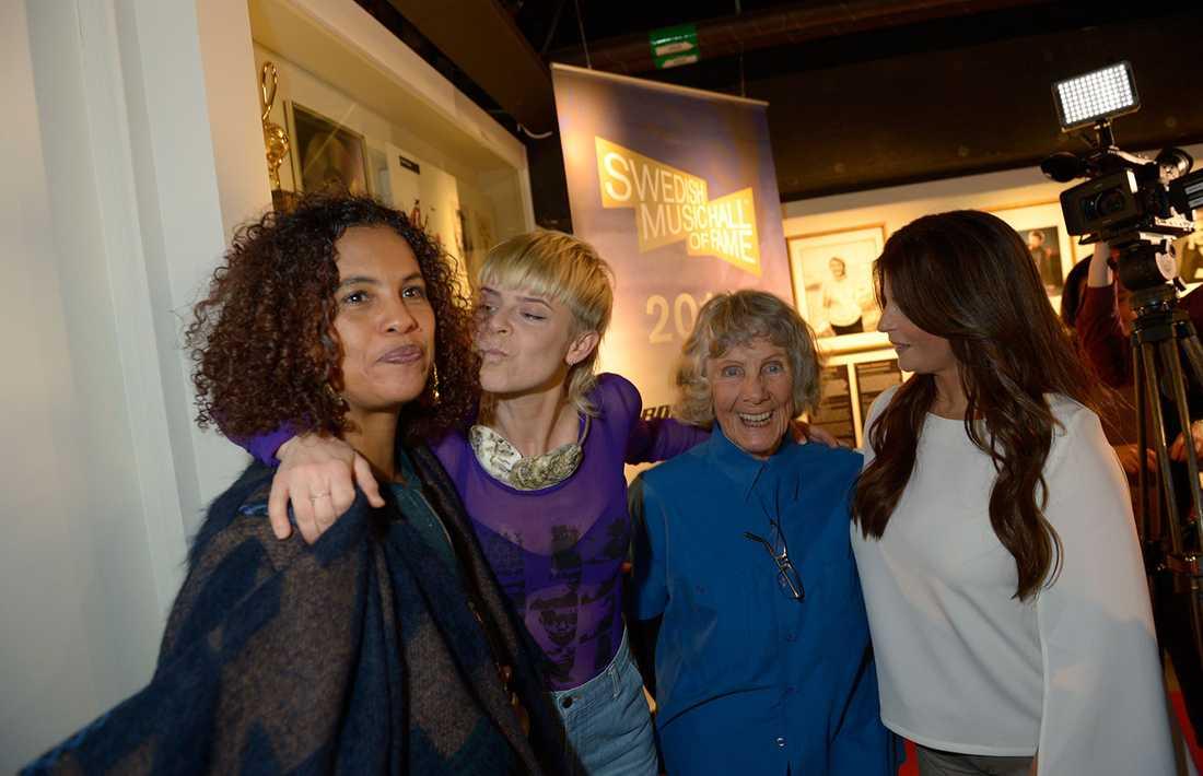 Neneh Cherry, Robyn, Gullan Bornemark och Carola.