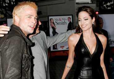 """HETA RYKTEN Två månader efter Sverigeaktuella """"Mr & Mrs Smith"""" kom de första ryktena om att Brad Pitt och Angelina Jolie var ett par. På premiären i Los Angeles försökte de dock att hålla sig så långt ifrån varandra som möjligt."""
