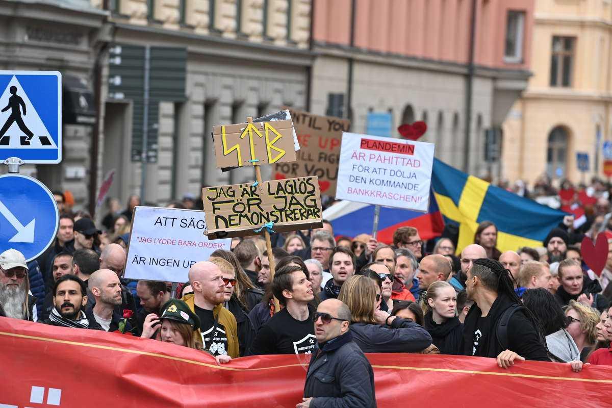 Demonstranterna samlades på Norra Bantorget i Stockholm.