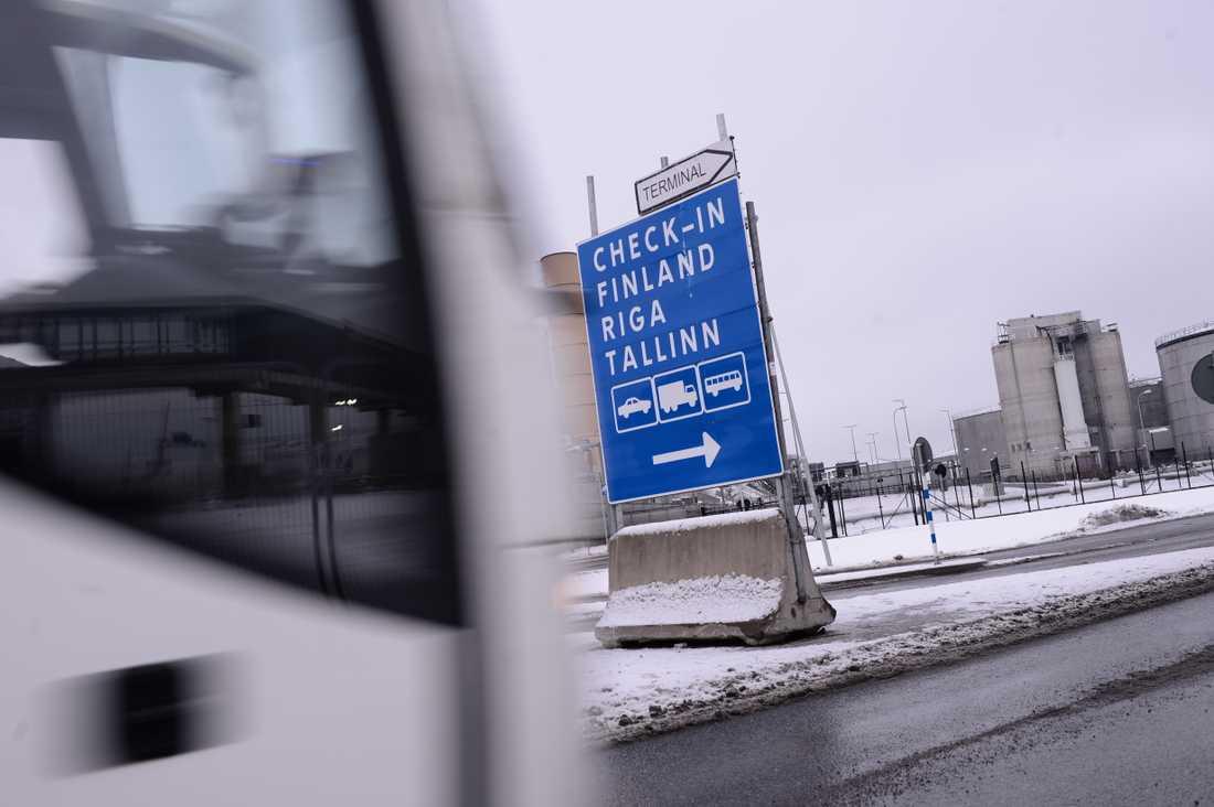 Värtahamnen i Stockholm där gränspolisen utför gränskontroller.