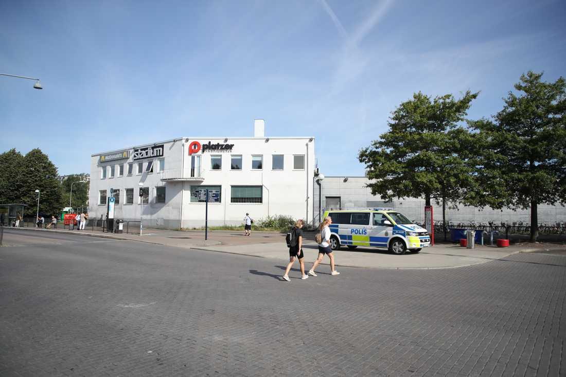 En 18-årig man knivdödades i Göteborg.