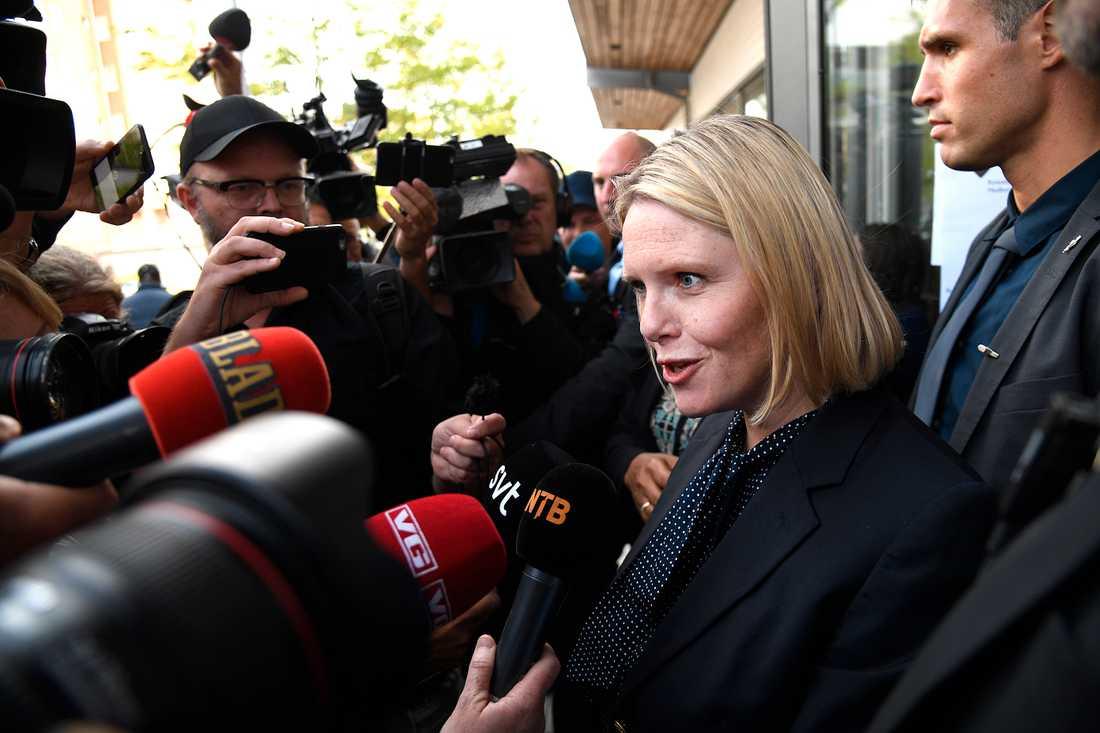 Norska invandringsministern Sylvi Listhaug besökte Rinkeby i norska valrörelsen.