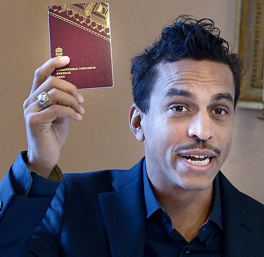 """Jason """"Timbuktu"""" Diakité kan tänka sig att ge sig in i partipolitiken. Det engagemanget borde Socialdemokraterna ta till vara på."""