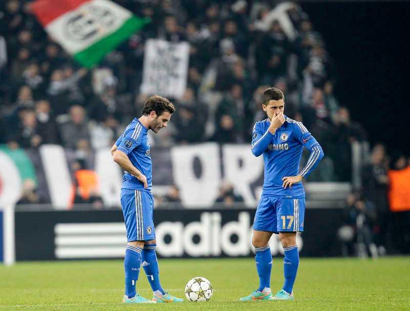 illa ute  Roberto Di Matteos chansning att spela Eden Hazard som center gick inte hem. Nu måste Chelsea slå Nordsjälland samtidigt som Sjachtar vinner mot Juventus.