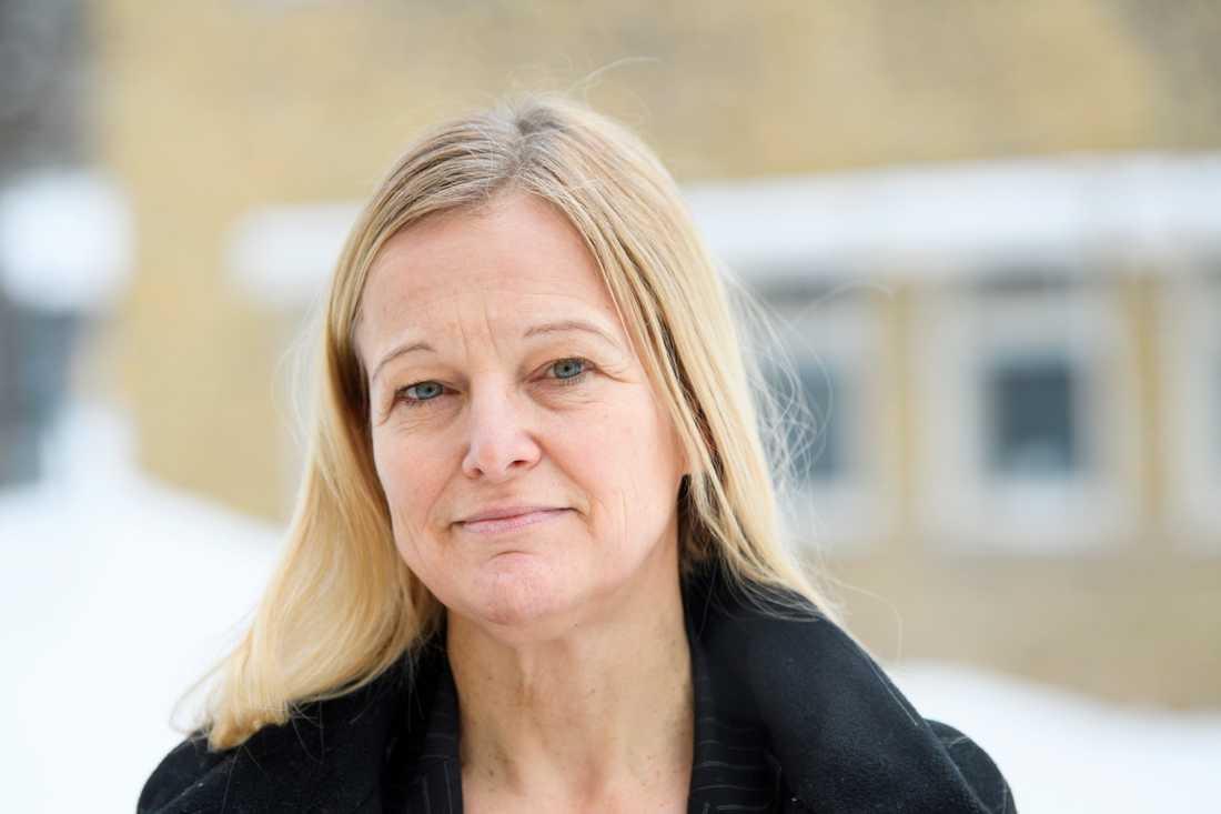 """""""Man pratar om att covidvaccin kan behövas varje år och då kommer vi kanske att behöva lägga en stor del av vår tid på att producera det här"""", säger Janet Hoogstraate, platschef för Valneva i Sverige."""