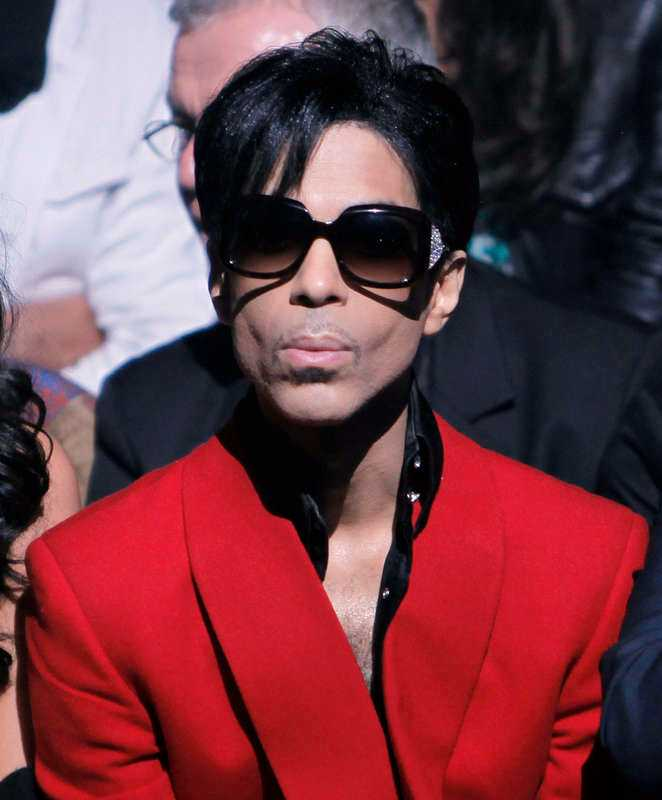 Prince dog den 21 april.