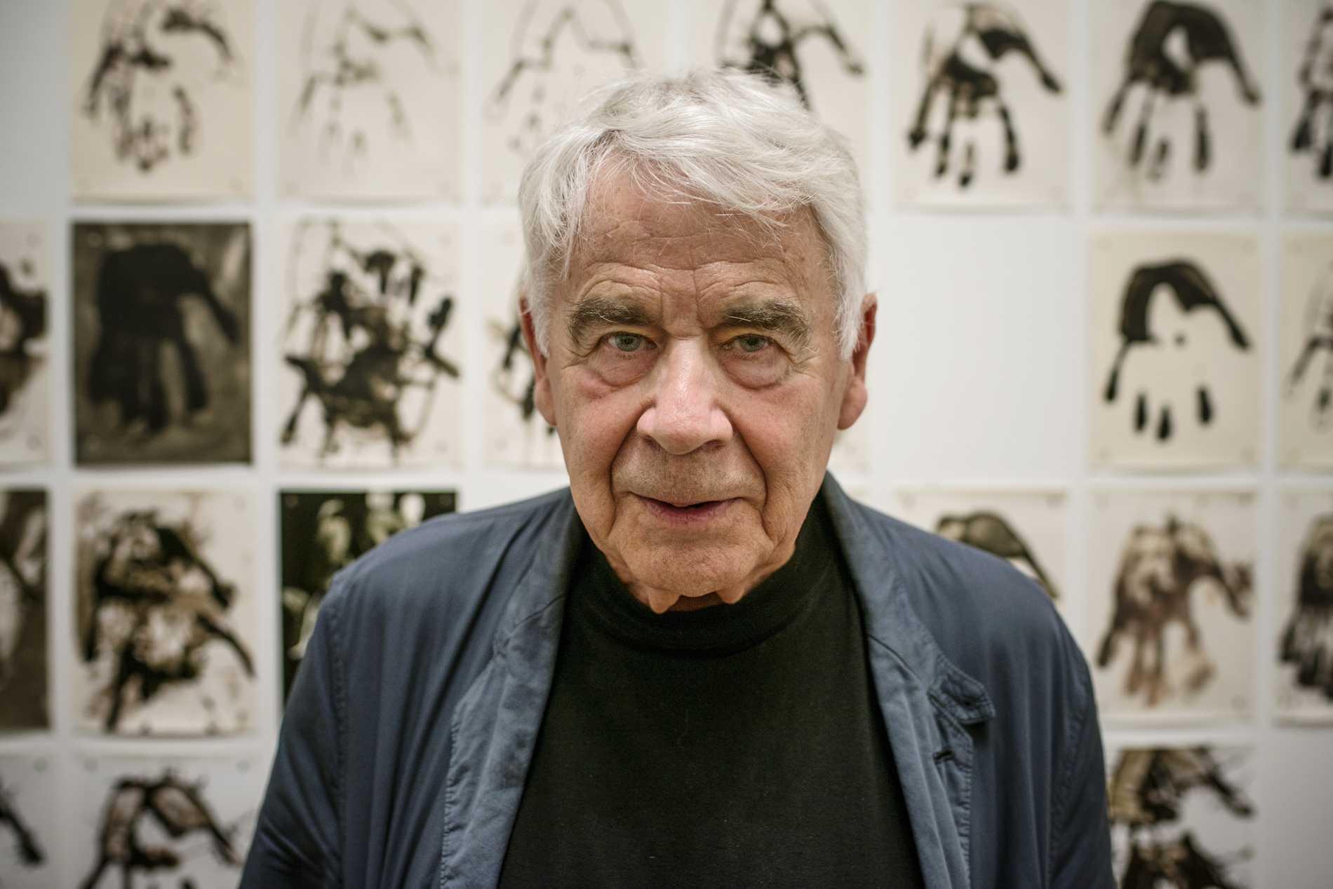 """Gunnar Smoliansky i samband med utställningen """"Moment"""" 2013 på Moderna museet. Han blev 86 år."""