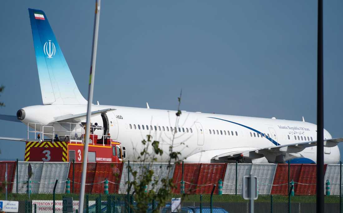 Den iranske utrikesministern Mohammad Javad Zarifs flygplan på flygplatsen i Biarritz i Frankrike.