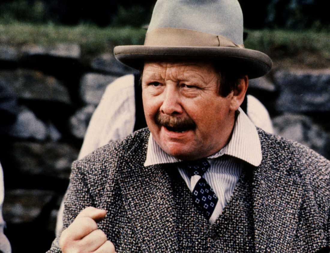 """Lasse Pöysti (1927–2019) i filmen """"Herr Puntila och hans dräng Matti"""" från 1979."""