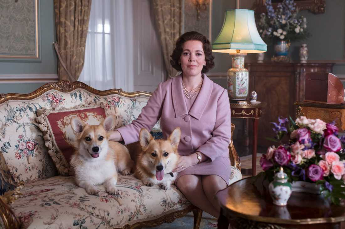 "Olivia Colman som drottning Elizabeth i ""The crown""."