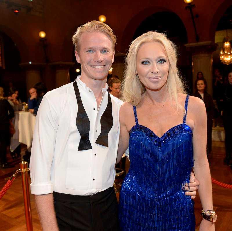 Isabel Adrian Angello, 38, Hollywoodfru, med danspartnern Fredric Brunberg.