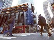 På banken Morgan Stanley kan skattemiljarderna bli bonusar.
