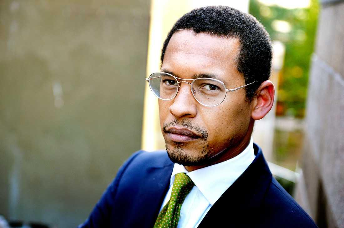 – Det finns fängelse i straffskalan för båda brotten, säger advokaten Omar Berger