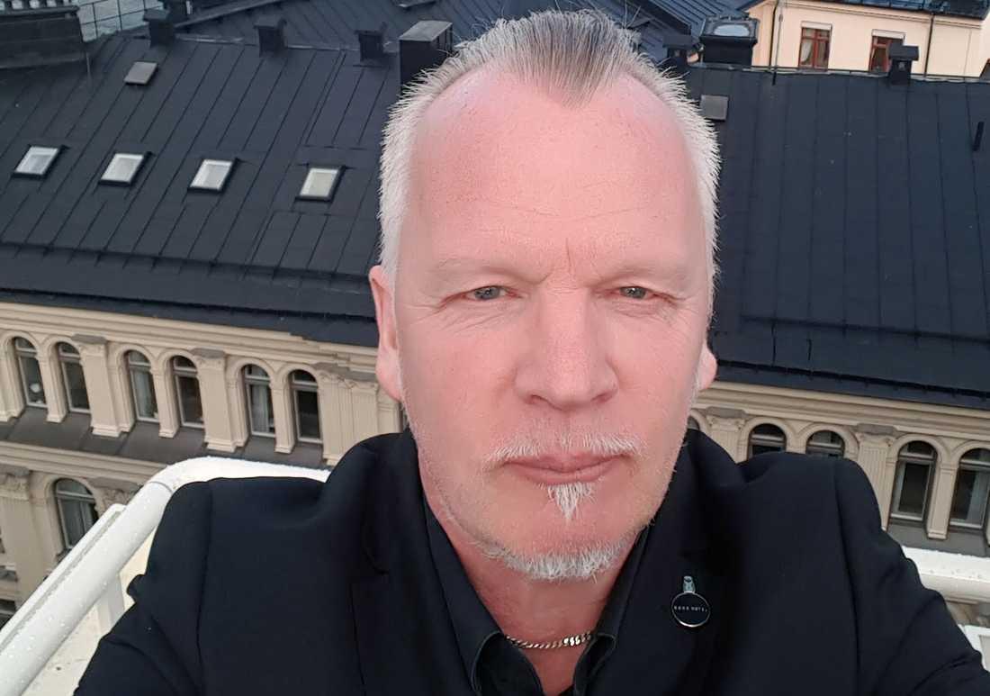 Håkan Söderlund fick veta att hans bror blivit offer för attacken först ett dygn senare.