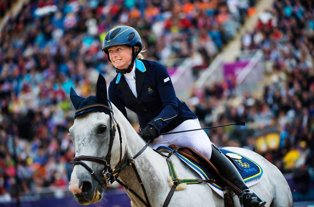 Sara Algotsson Ostholt på hästen Wega.