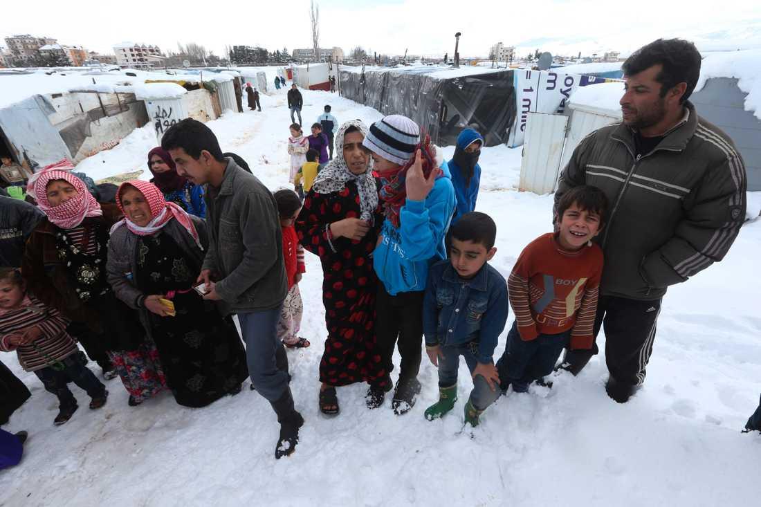 Barn har dött av kylan. – Vi ser inget slut, det blir bara värre och värre, säger Simon Ingram på Unicef.