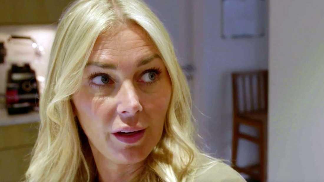 """Hannah Graaf berättar i """"Systrarna Graaf""""."""