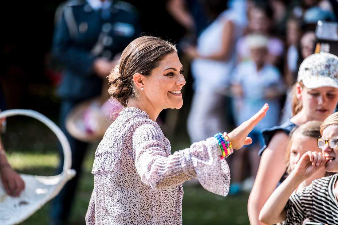 Kronprinsessan har skickat ett tröstande brev till alla studenter.