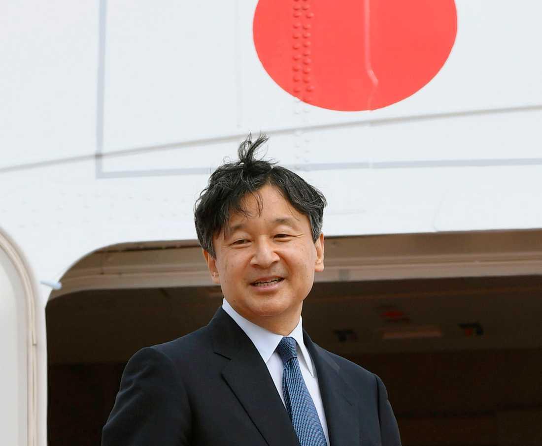 Japans kronprins Naruhito tar den första maj över som kejsare efter sin far.