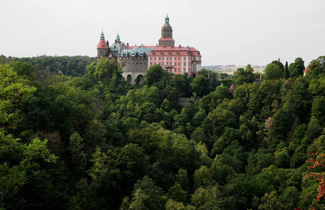Ksiaz slott i Polen. Hitler började bygga ett tunnelsystem under slottet under andra världskriget.