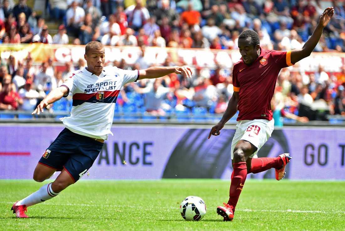 Seydou Doumbia till höger.
