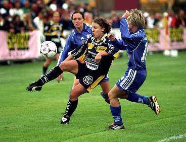 UMEÅS SPJUTSPETS Anfallsstjärnan Hanna Ljungberg, självskriven i landslaget, har gjort 17 mål för Umeå i allsvenskan i år.