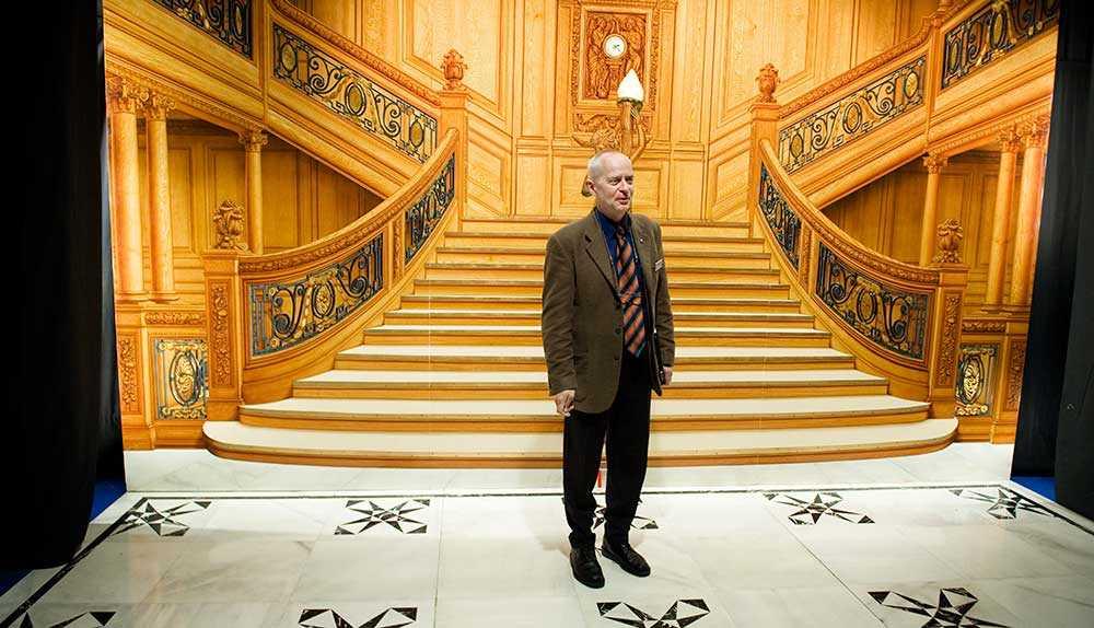 Claes-Göran Wetterholm är är etnolog, fartygshistoriker och materialansvarig för utställningen om Titanic.