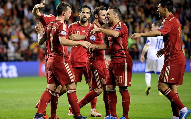 Spanskt jubel - nationen är klart för EM.