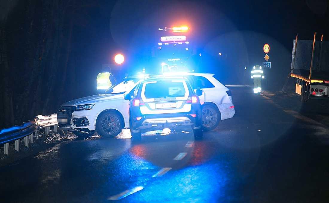 Bilen stoppades av polisen i Vårsta.