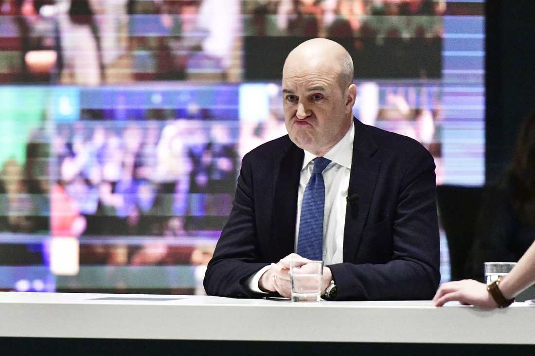 Fredrik Reinfeldt sänkte skatterna med 140 miljarder per år.